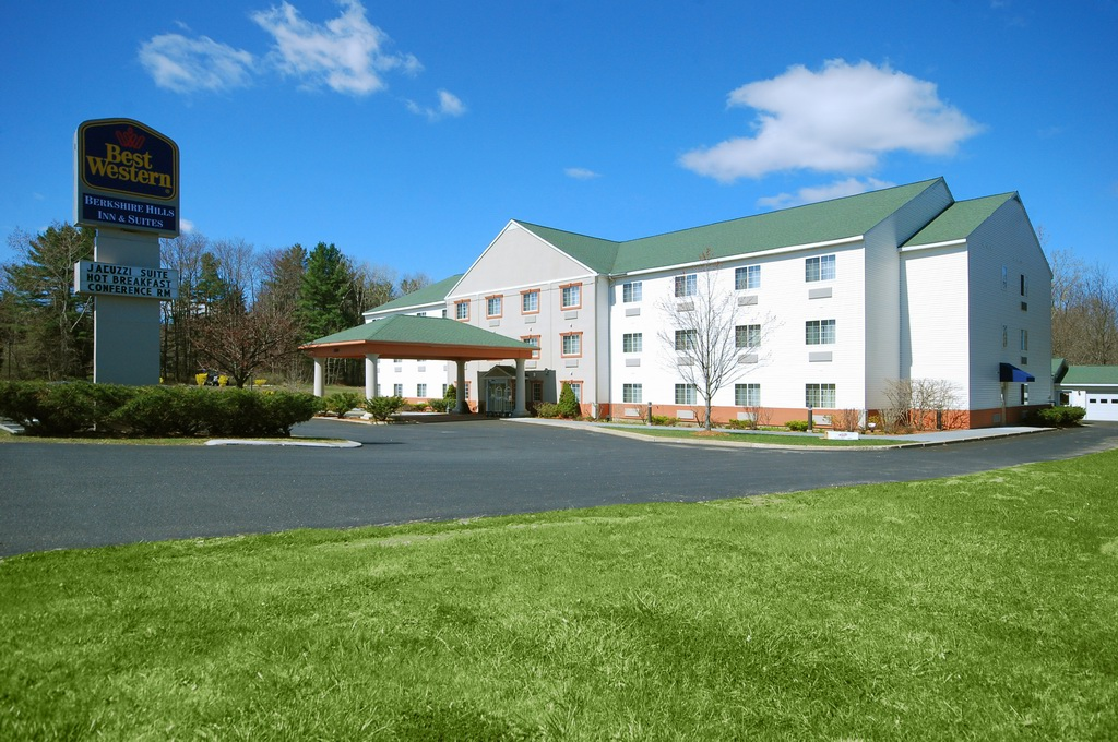 Ramada Limited & Suites Pittsfield